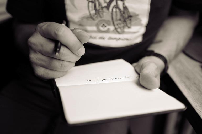 Außergewöhnliche Blogposts schreiben_Beim Selbstexperiment Tagebuch schreiben