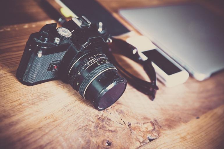 Außergewöhnliche Blogposts_Umfrage mit Kamera