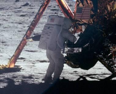 Armstrong auf dem Mond